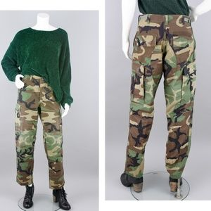90s Camouflage Army Cargo Pants Vintage SMALL REG